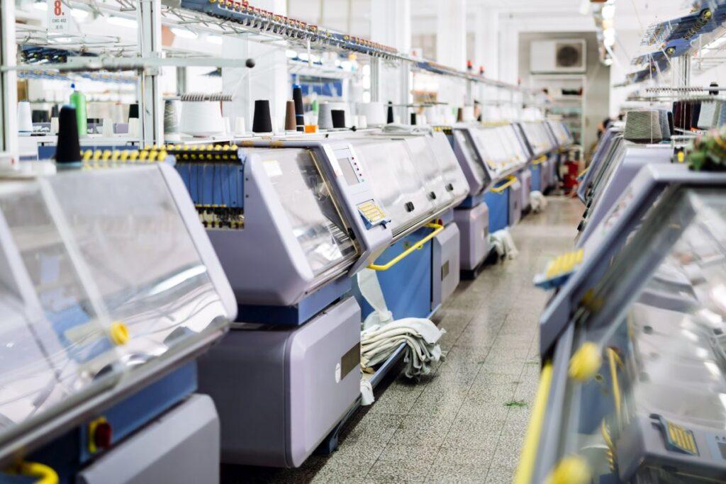 Używane maszyny produkcyjne. Kupno i sprzedaż może być szansą na zysk