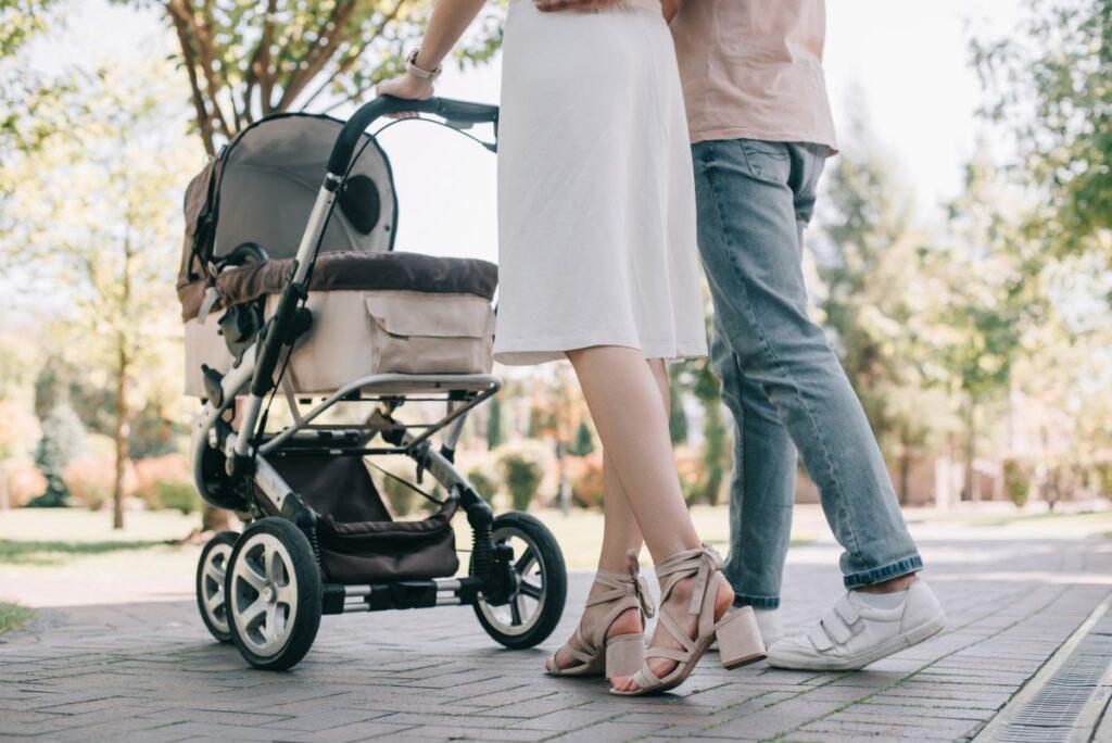 Czym się wyróżniają nowoczesne wózki dziecięce?