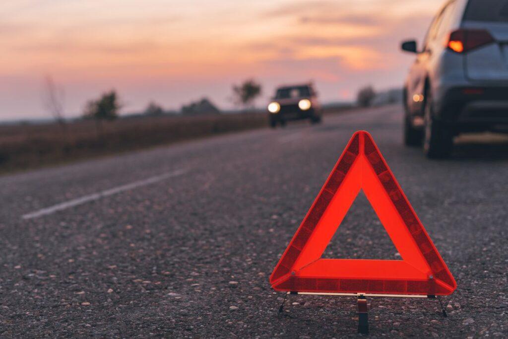 Jak wybrać dobrą pomoc drogową?