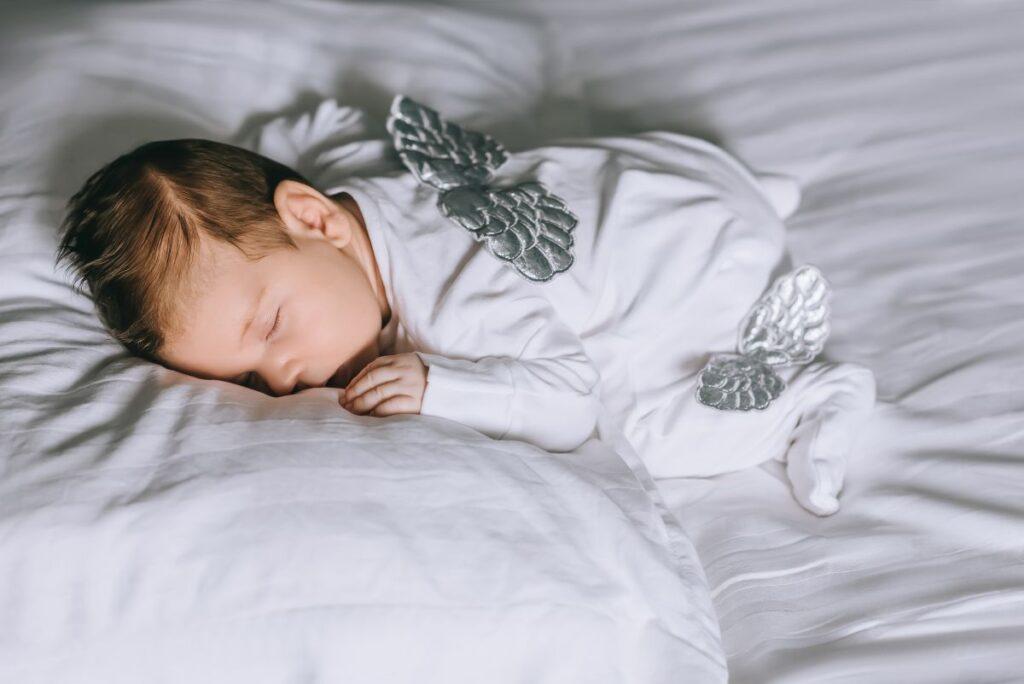 Zdrowy sen malucha – wybierz odpowiednią pościel